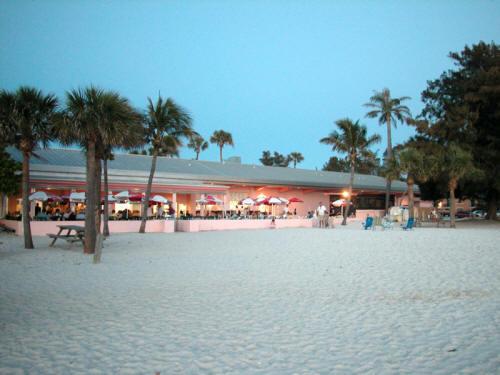 Manatee County Beach Cafe