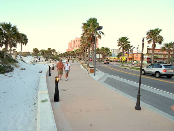 Clearwater Beach promenade along South Gulfview Blvd.