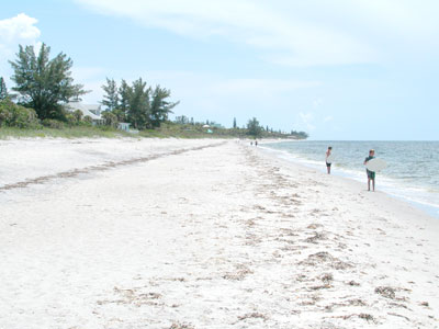 Manasota Key offers beaches unencumbered by businesses, restaurants and shops.