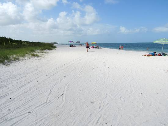 Wide, white sand beach at Barefoot Preserve Park, Bonita Beach, FL