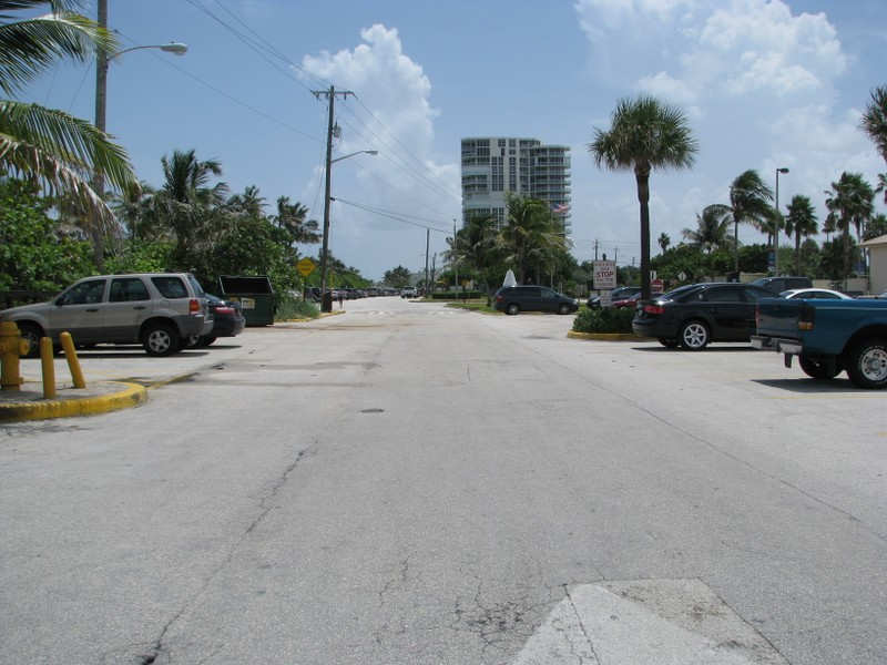 Parking area at Dania beach.