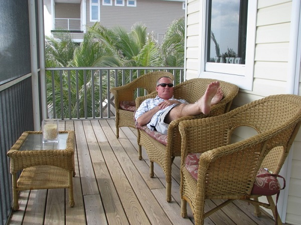 Beachhunter relaxing in Don Pedro Island beach house.